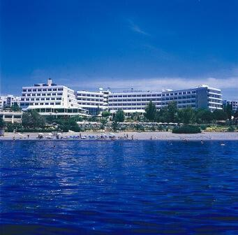 Mediterranean Beach Hotel **** @ Limassol