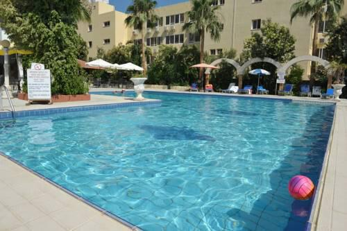 Tasiana Hotel Apartment Complex @ Limassol