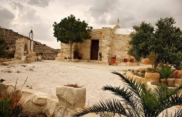 Chapel of Vergin Mary Eleousa, Leivadia