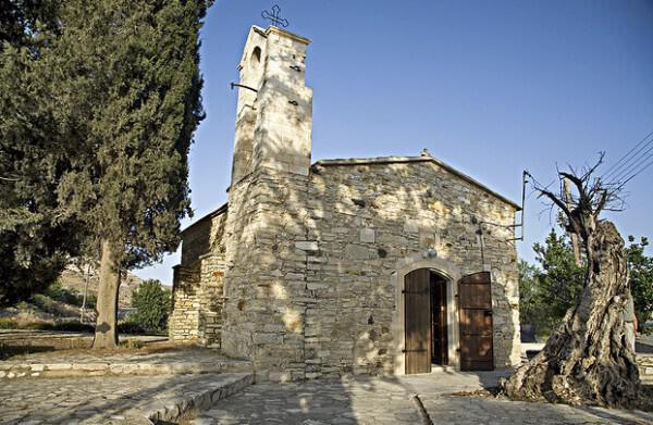 Church of Agia Anna, in Agia Anna village
