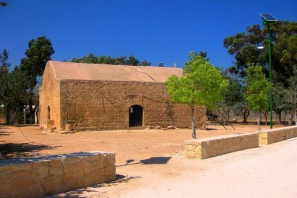 Agia Marina Chapel, Frenaros