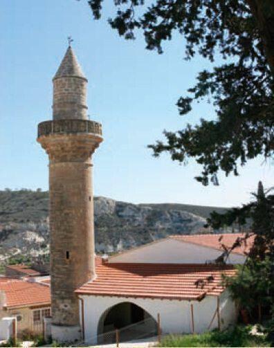 Το τζαμί στο χωριό Καλαβασός