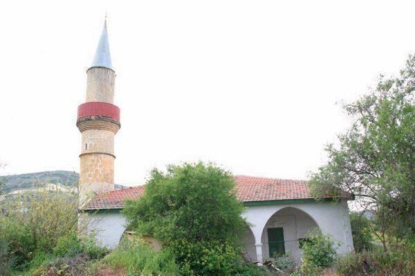 Το τζαμί στο χωριό του Αγίου Νικολάου στο Τρόοδος