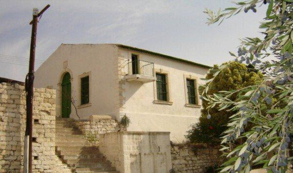 Το τζαμί στην Αλέκτορα, Λεμεσού