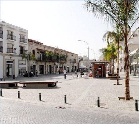 Πλατεία Ερμού στη Λάρνακα
