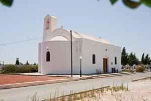Εκκλησία Αγίου Φανουρίου στη Δερύνεια